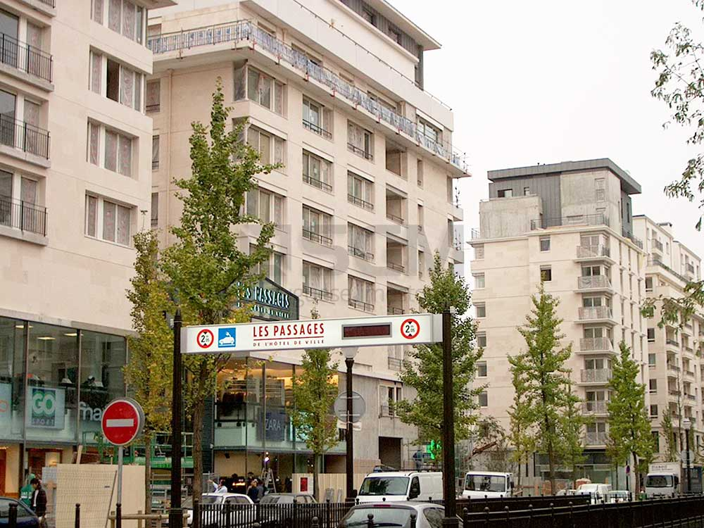 Rue de Bologne France