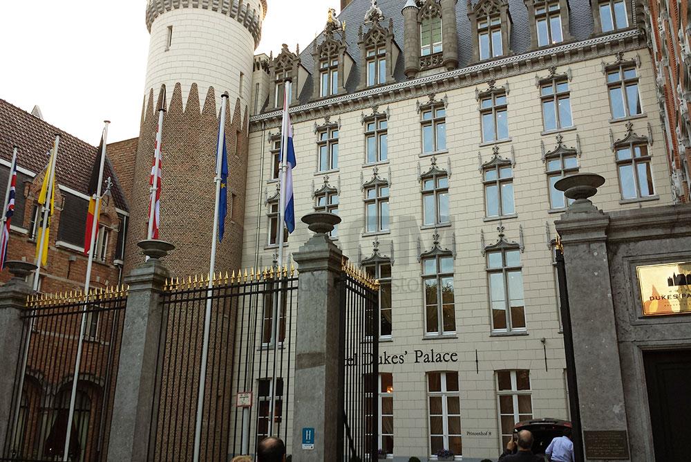 Kempinski hotel Bruges – Moca Creme limestone