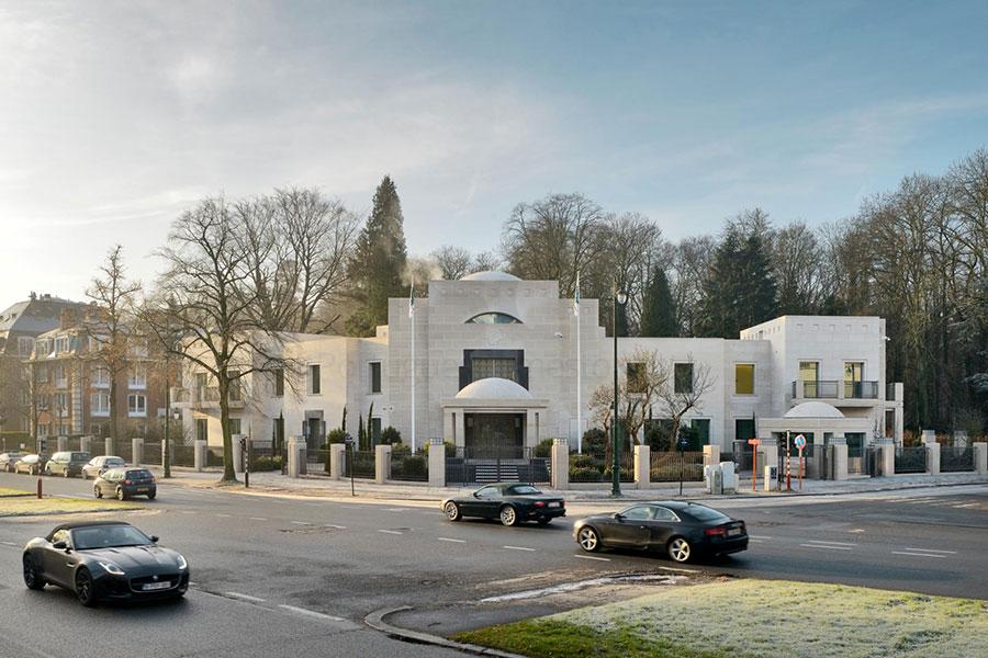 Qatar Embassy Brussels – Moca Creme limestone